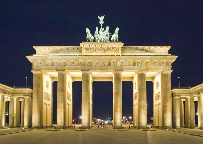Removals to Berlin - F&N Worldwide Removals